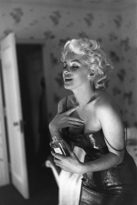 Разбираем бьюти-рутину Мэрилин Монро: что актуально, а каких средств в уходе за кожей лучше избегать